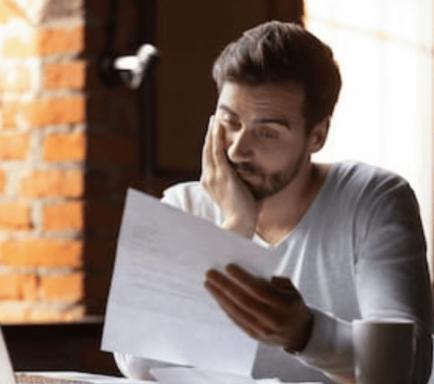lågt kreditbetyg och betalninganmärkningar
